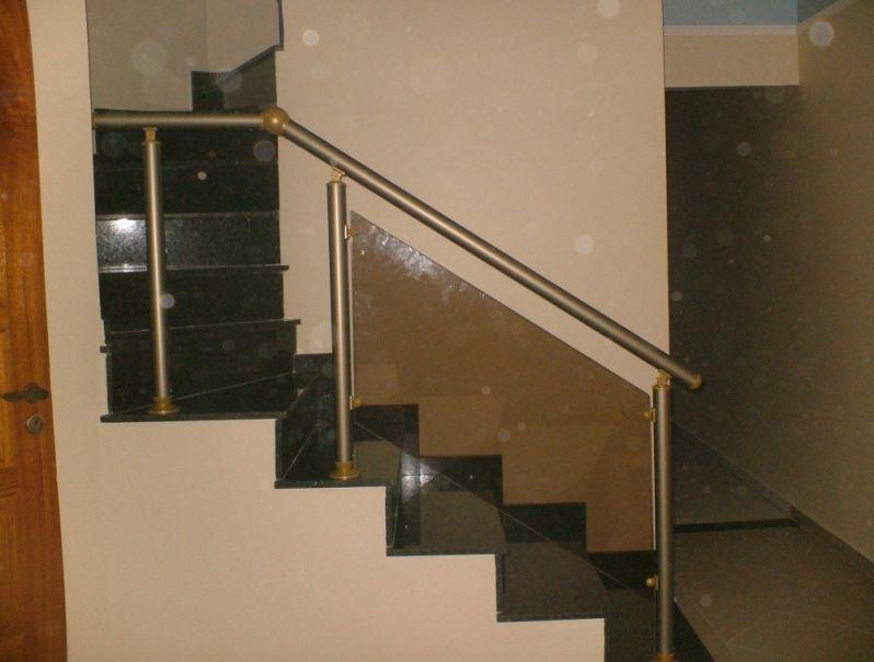 Corrimão de Escada Alumínio e Vidro Empresa Que Tenha em Anália Franco - Corrimão de Escada Alumínio e Vidro