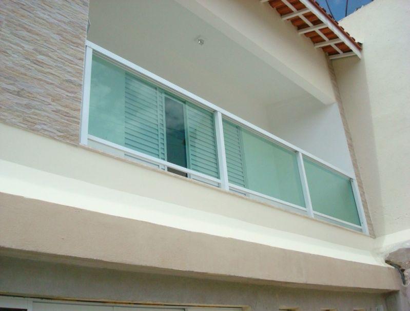 Corrimão de Escada Alumínio e Vidro Onde Encomendar na Vila Gustavo - Corrimão de Escada Alumínio e Vidro