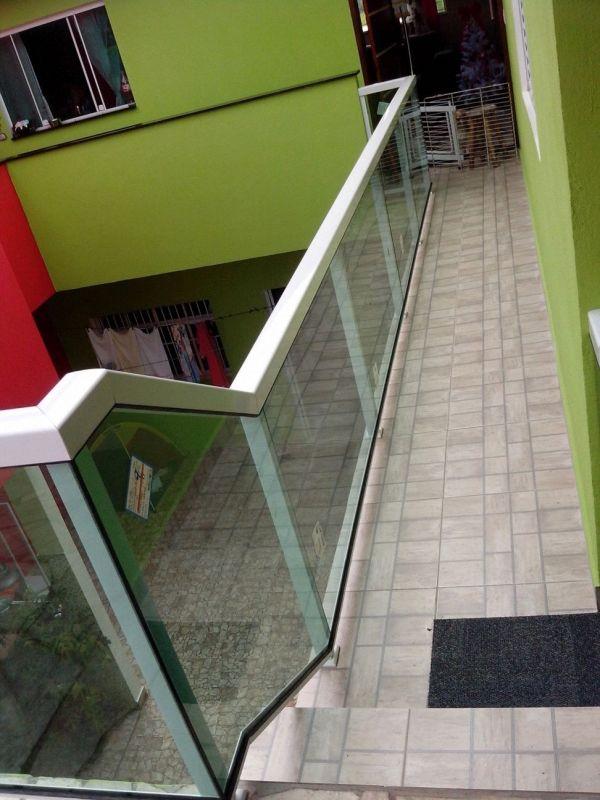 Corrimão de Escada Alumínio e Vidro Onde Encontro no Jardim São Paulo - Corrimão de Escada Alumínio e Vidro