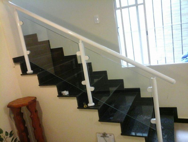 Preferência Corrimão de Escada Alumínio e Vidro Preços em Guarulhos - Corrimão  FO03