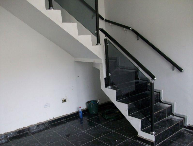 Corrimões de Escada Alumínio e Vidro Quanto Custa na Vila Guilherme - Corrimão de Escada Alumínio e Vidro