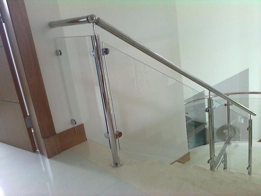 Empresa de Corrimão de Escada Alumínio e Vidro no Mandaqui - Corrimão de Escada Alumínio e Vidro