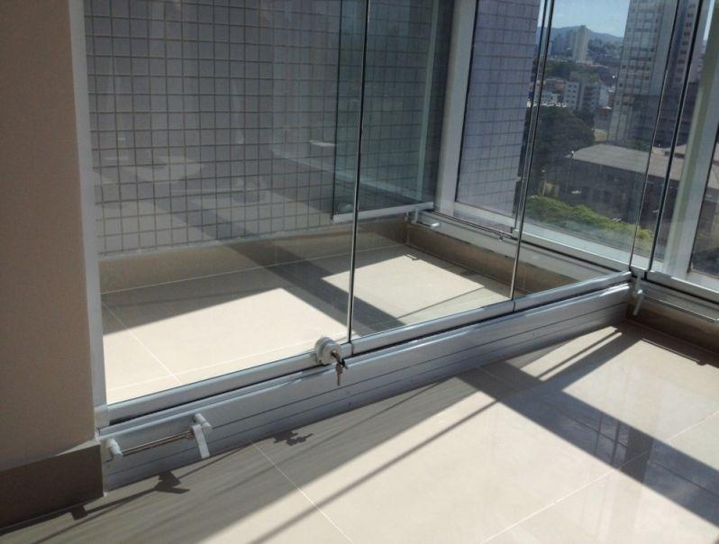 Empresa para Fazer Envidraçamento de Sacadas no Jardim São Paulo - Envidraçamento de Sacadas SP Preço