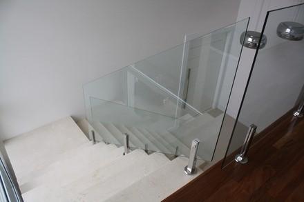 Empresas de Corrimão de Vidro Temperado na Vila Formosa - Corrimão de Escada em Vidro Temperado