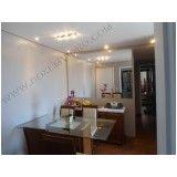 Espelho de sala de jantar na Vila Guilherme